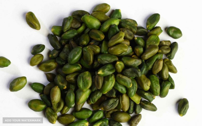 Export Green Peeled Pistachio Kernels