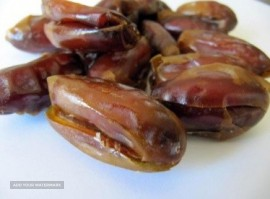 Iranian SAYER DATES PITTED and UN-PITTED ready to export